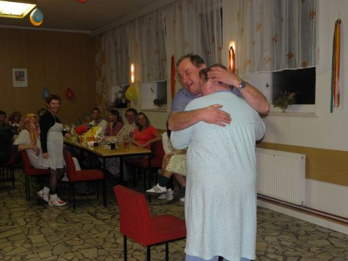 Maškarní a pyžamový bál pro dospělé 2011